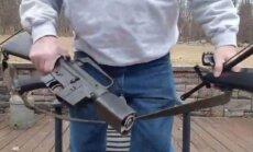 Video: Pēc Floridas slaktiņa daudzi ASV ieroču glabātāji iznīcina savas šautenes