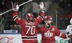 Rīgas 'Dinamo' sagrauj 'Slovan' un pamet pēdējo vietu KHL kopvērtējumā
