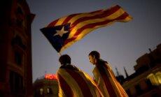 Katalonijas neatkarība: Spānija pārņem kontroli Katalonijas valdībā