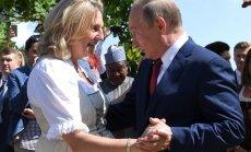 Putins apmeklē Austrijas ārlietu ministres Kneislas kāzas