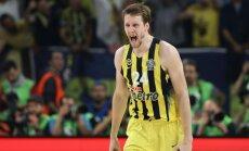 Čehijas basketbola izlases līderis Veselijs nepalīdzēs komandai Eiropas čempionātā