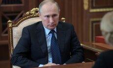 ASV ir mazinājušas demokrātijas veicināšanas centienus Krievijā, secina eksperts