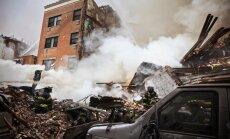 Sprādzienā Ņujorkā sagrūst daudzdzīvokļu ēkas; divi bojāgājušie