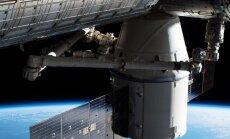 'SpaceX' kosmosa kuģis 'Dragon' veiksmīgi saslēdzies ar SKS