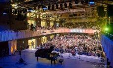 Vidzemes koncertzāle 'Cēsis' gadu noslēgs ar krāšņu Vecgada balli