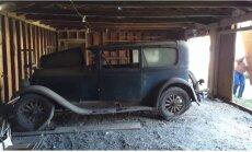 Video: ASV atrasts 50 gadus šķūnī nostāvējis 90 gadus vecs unikāls auto