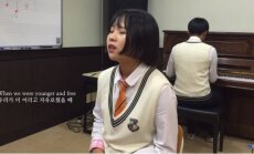 Interneta hits: Korejiešu meitene izpilda Adeles 'Hello'
