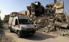 Foto: Sīrijas armija atsākusi uzbrukumu Austrumgutai pēc palīdzības konvoja ielaišanas tajā