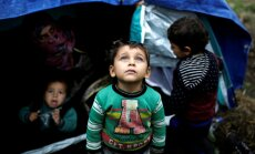 Eiropā vīlušies sīrieši dodas prom ar kontrabandistu palīdzību