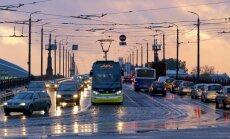 Raidījums: slepenībā top plāns par maksas ieviešanu iebraukšanai Rīgas centrā