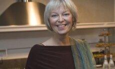 Rīgā viesosies populārā tulkotāja un rakstniece Jeļena Kostjukoviča