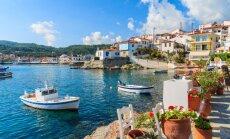 Zili baltā burvība: iespaidīgas vietas un ceļojuma stāsti iemīļotajā Grieķijā