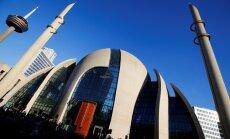 Foto: Kā Erdogans Ķelnē jauno mošeju atklāja