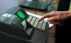 No krāpšanas ar kases aparātiem valsts budžets dienā zaudē pusmiljonu eiro, atzīst Cīrule