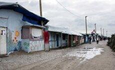 Kalē migrantu nometne 'Džungļi' pirmdien tiks atbrīvota no iemītniekiem