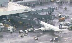 В США самолет экстренно сел из-за забытого грузчика