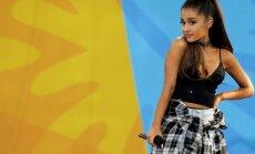 Tūkstošiem spekulantu piesakās uz Arianas Grandes piemiņas koncerta bezmaksas biļetēm