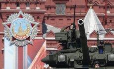 Putinu apmierina Krievijā saražoto ieroču daudzums