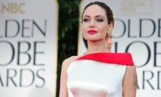 Izvēlētas 10 skaistākās 2012. gada kleitas