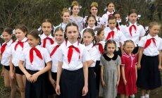 Foto: Okupētajā Krimā ar vērienu atzīmē Simferopoles atbrīvošanas 70. gadadienu