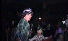 Arhīva video: Skaistā nostalģija - Vecgada karnevāls Lēdurgā 1996. gadā