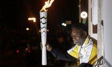 Leģendārais brazīliešu futbolists Pele neiedegs galveno olimpisko lāpu