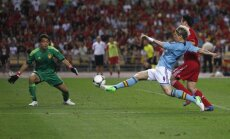 Eiropas čempione Spānija ar grūtu uzvaru dodas uz EURO 2012