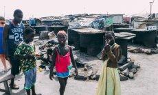 'Delfi' Ganā: Āfrikas reperi, marihuānas mežs, vergu cietokšņi un neizmērojama laipnība