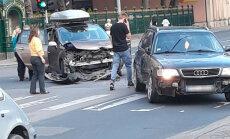 ФОТО: В аварии на улице Тургенева пострадали три человека, в том числе дети