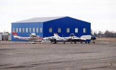 Spilves lidostā aizliegti tālvadības gaisa kuģu lidojumi; lidmašīnu pacelšanos un nolaišanos vēl atļauj