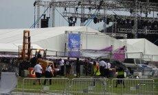 Sabrūkot metāla konstrukcijām, ASV ievainoti 14 'Backstreet Boys' koncerta apmeklētāji