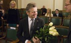 Barišņikovs saņem Latvijas pilsonību