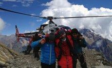 Lavīnā Nepālā gājuši bojā deviņi kalnākāpēji, trīs pazuduši bez vēsts