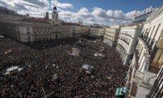 Foto: 'Gājiens par pārmaiņām' Spānijā pulcē tūkstošiem atbalstītāju