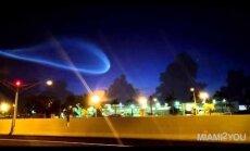 Video: Floridas iedzīvotāji ASV Jūras spēku satelītu notur par NLO