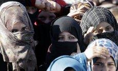 Imigrācijas krīzes risināšanas mehānismi nedarbojas, atzīst ES komisārs