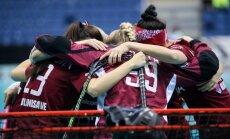 Latvijas florbolistes iekļūst junioru pasaules čempionāta B divīzijas pusfinālā