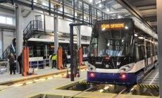 'Rīgas satiksme' reģistrē jaunas komercķīlas; ieķīlā sliedes un tramvaju vagonus