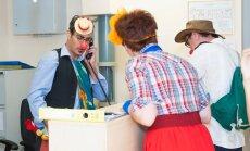 Dr. Klauns un sarkano degunu diena portālā 'Delfi'