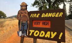 Kalifornijā lūdz palīdzību cīņā ar ugunsgrēkiem