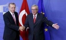 Junkers: nāvessoda atjaunošana Turcijā pieliks punktu sarunām par iestāšanos ES