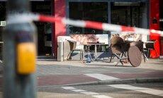Vīrietis Vācijā ar mačeti uzbrūk garāmgājējiem; viens nogalinātais