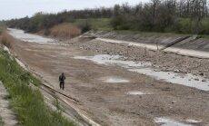 Pārtraukta ūdens piegāde Krimai; amatpersona norāda uz Krimas neprofesionalitāti