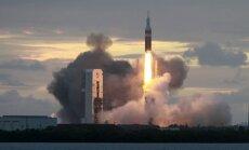 Kosmosa kuģis 'Orion' veiksmīgi pabeidzis izmēģinājuma lidojumu un nolaižas Klusajā okeānā