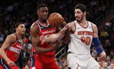Bez Porziņģa spēlējošā 'Knicks' piedzīvo astoto zaudējumu pēc kārtas
