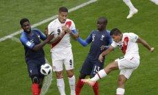 Francijas izlase ar uzvaru pār Peru nodrošina vietu Pasaules kausa astotdaļfinālā