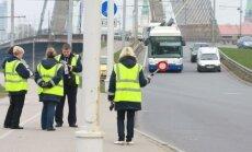 'Rīgas satiksme' pērn no 'zaķiem' iekasējusi 462 000 eiro