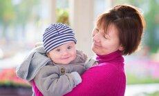Vecākiem nestandarta darbalaiks... Ko darīt ar bērnu?