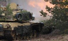 Video: Ādažu poligonā šauj tanki 'M1 Abrams'