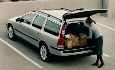 """Эксперт: в Латвии продается свыше тысячи автомобилей из Бельгии со """"скрученным"""" пробегом"""
